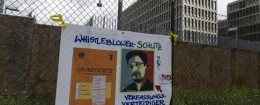 'Demonstration in front of Germany's BND foreign intelligence service / AP' from the web at 'http://s3.freebeacon.com/up/2015/11/Demonstration-in-front-of-Germany's-BND-foreign-intelligence-service-260x105.jpg'